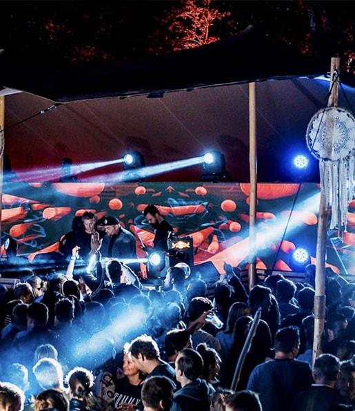 Bossrentall voor festivals licht en geluid